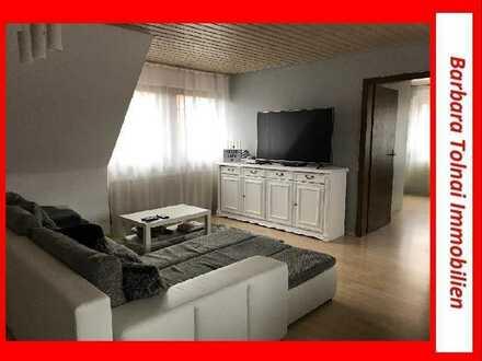 Schön geschnittene 2,5-Zimmer DG-Wohnung mitten in Auenstein