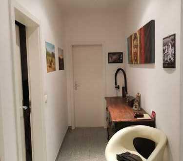 Gepflegte 4,5-Raum-Wohnung mit Garten Am Riehlpark in Essen