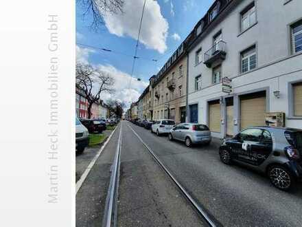 Zimmer in einer 5-er WG in zentraler Lage von Karlsruhe zu vermieten!