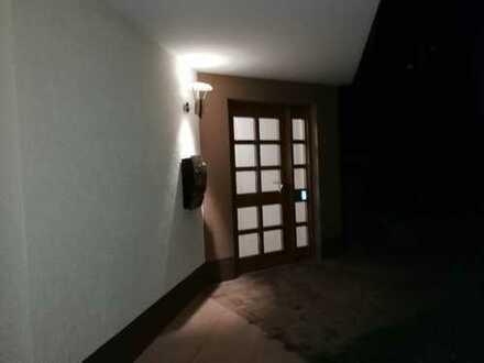 Gepflegte 2,5-Zimmer-Wohnung mit Balkon und Einbauküche in Bühlertal