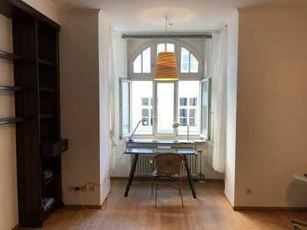 670 €, 38 m², 1 Zimmer