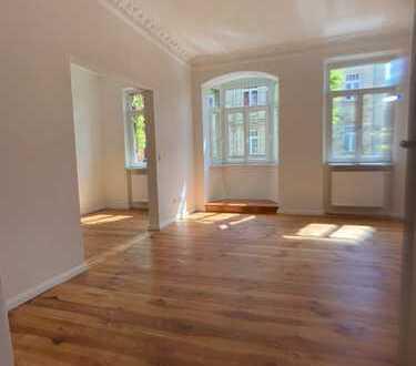 Erstbezug nach Sanierung: stilvolle 2,5-Zimmer-Wohnung mit Balkon in Nürnberg - Gostenhof