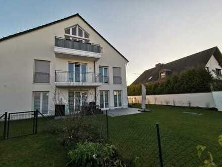 *Lichtdurchflutete 2-Zi-Wohnung mit Terrasse und großem Garten*