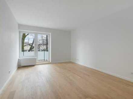Umfassend sanierte 3-Zimmer-Wohnung mit hochwertiger Einbauküche und Balkon