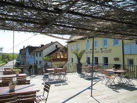 Fränkisches Weinrestaurant in toller Lage am Main !