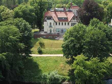 Exklusive Wohnung in der Quandt Turmvilla am Griebnitzsee - von Privat