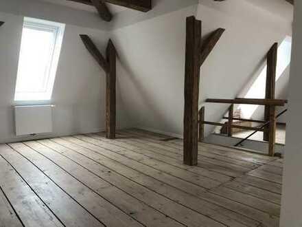 Traumhafte Dachgeschosswohnung in Stuttgart West