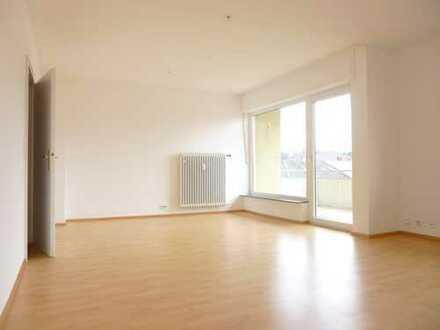 Großzügige Wohnung mit 2 Balkonen in der Bruchsaler Innenstadt