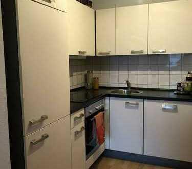 **Reinsdorf** 2-Raum Maisonette Wohnung, Balkon, TG-Stellplatz**Einbauküche kann übernommen werden**