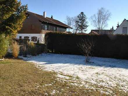 4 Zimmer mit eigenem GARTEN 300 m² + TERRASSE 50 m² + 2 Süd-BALKONE + HOBBY-KELLER 37 m² + GARAGE