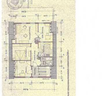 Sonnige 4-Zimmer-DG-Wohnung mit Balkon und Einbauküche in Mühlacker