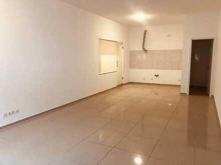 Renovierte 1,5 ZKB-Wohnung in Ludwigshafen sucht Nachmieter