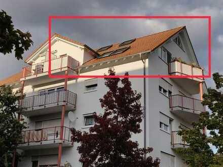 Lichtdurchflutete, gepflegte 4-Zimmer Maisonette-Wohnung mit zwei Balkonen & EBK in Rheinstetten