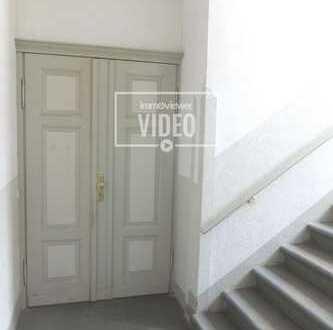 Wohnen in der Altstadt - schöne 4 Zimmer-Wohnung, frei ab sofort!