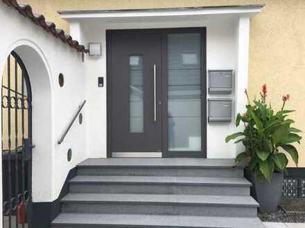 PROVISIONSFREI - Schöne und moderne 3-Zimmer Dachgeschosswohnung in Pulheim City