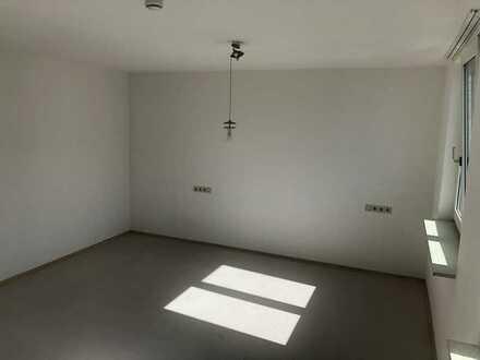 500 €, 117 m², 4 Zimmer