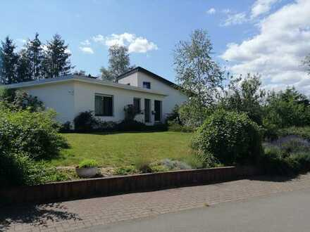 Für Pferdeliebhaber: Schönes Haus mit sieben Zimmern in Kaiserslautern (Kreis), Bruchmühlbach-Miesau