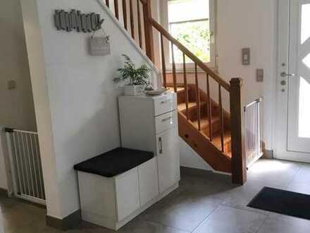 Großzügiges Einfamilienhaus in Strümpfelbach - Top renoviert - Frei ab März!