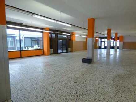 Leerstehender Supermarkt - verkehrsgünstige Lage in Memmingen