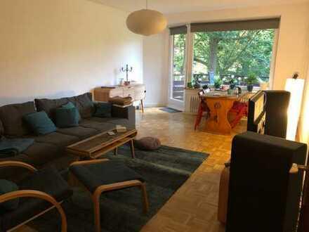 Freundliche 3-Zimmer-Wohnung mit Einbauküche und Balkon in Barmbek-Süd, Hamburg