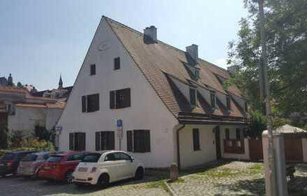 Zentral gelegenes Objekt Wohn- und/oder Geschäftshaus