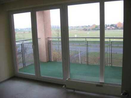 Helle gepflegte 2-Zimmer-Wohnung mit Balkon und Tiefgerage in Potsdam