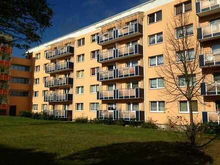 Bild_Helle 3- Zimmerwohnung mit Balkon und schönem Blick ins Grüne