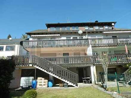 Dreigenerationenhaus oder tolle Kapitalanlage! Doppelhaushälfte mit 3 Wohnungen in Onstmettingen