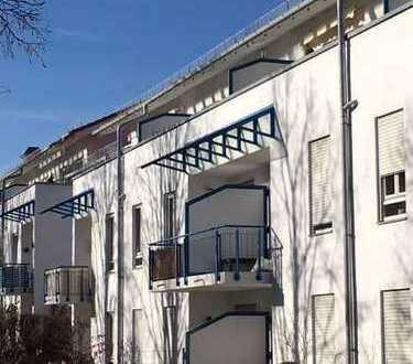 Helle Galeriewohnung mit Südbalkon