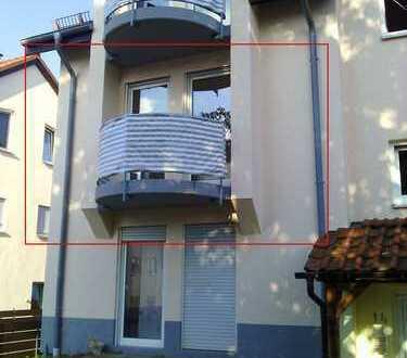 Vollständig renovierte 1-Zimmer-Wohnung mit Balkon und Einbauküche in Sinsheim