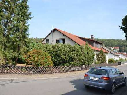 *HTR Immobilien GmbH* Schönes großes 2-FH in toller Wohnlage, Doppelgarage, Bj. 1974/1995