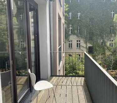 Großzügig, hell und ruhig! Wohnung für 1-2 Personen - Hufelandstrasse!