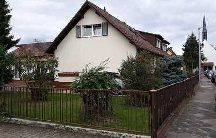 Kleines Siedlungshaus mit XXL-Garten sucht Liebhaber