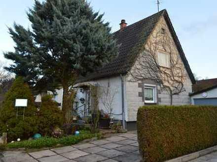 ++ Gemütliche Doppelhaushälfte mit Garage und großzügigem Gartengrundstück ++