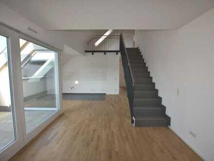 ++STILVOLL WOHNEN: Exklusive Maisonette-Wohnung mit Parkettboden, Fußbodenheizung und Dachterrasse++