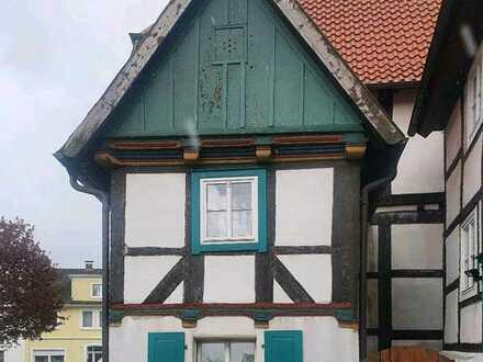 Historisches Fachwerkhaus im Herzen von Schloss Neuhaus