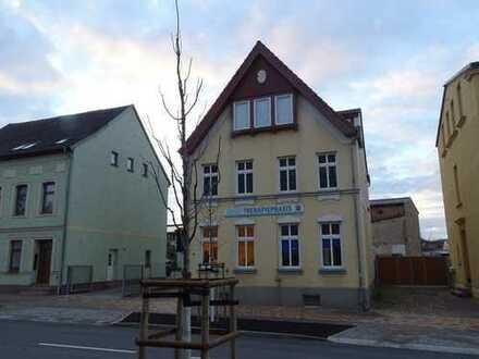 Großzügiges Wohnhaus über drei Etagen in Teterow