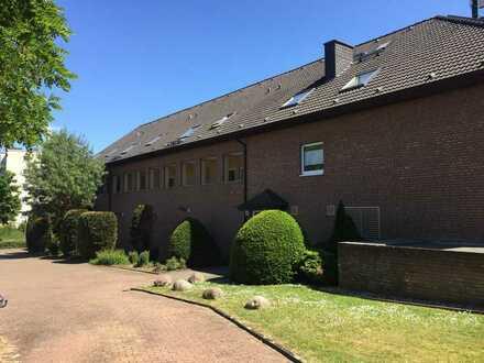 Schöne 2,5 Raum-Komfort-Wohnung mit Süd-Dach-Loggia im grünen Dortmund-Holzen
