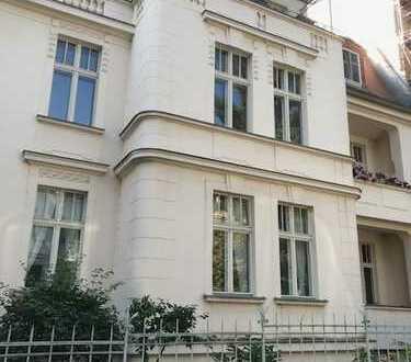 Tolle Altbau-Wohnung in der Potsdamer-Jägervorstadt! Parkett, Balkon, EBK, Gäste-WCuvm.