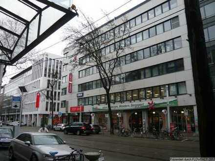 Kleineres Citybüro mit schöner Dachterrasse - provisionsfrei