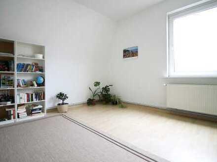 Attraktive 3-Zimmer Wohnung mit Dielenboden in Herrenhausen!