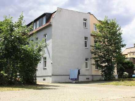 *** Helle und geräumige Dachgeschosswohnung mit EBK im schönen Böhlitz-Ehrenberg**