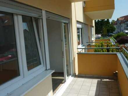 Helle 2-Zimmer-Wohnung mit Balkon in Viernheim-West, Erstbezug nach Sanierung