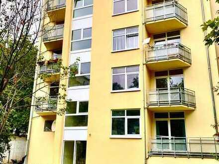 smarte helle Dachgeschosswohnung - Aufzug - mitten im Leipziger Süden mit Tiefgaragenstellplatz