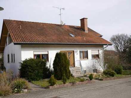Gepflegte 3-Zimmer-Dachgeschosswohnung mit Balkon in Aglasterhausen