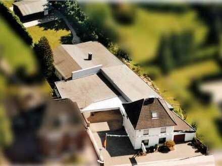 Wohnhaus, Garten und Pool mit attraktiver Gewerbeeinheit in Hückelhoven