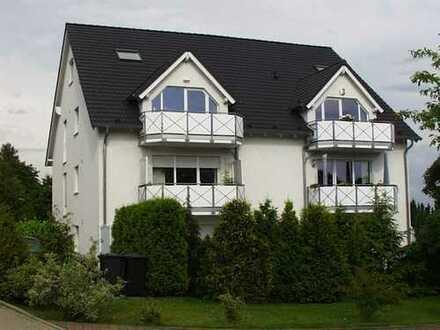 Sehr schöne, geräumige 3- Zimmer Wohnung in BI-Theesen mit Süd- West Balkon
