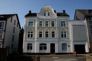 2,5 Zimmer Wohnung Altbau - provisionsfrei