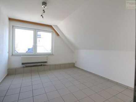 Hübsche 2-Raum Dachgeschoss-Wohnung in zentraler Wohnlage von Schönheide