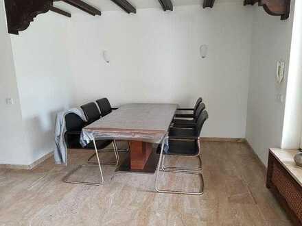 Studenten-WG-Zimmer in luxeriöses Einfamilienhaus Uni- und Citynähe